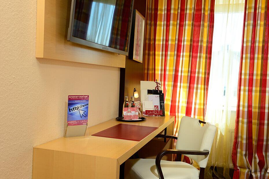 Basic Zimmer Hotel UHU Köln