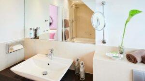 Suite Badezimmer Cologne Garni Citytrip